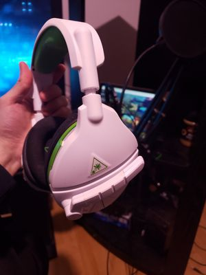 Completely Wireless! Turtle Beach Stealth X600! for Sale in Lakewood Township, NJ