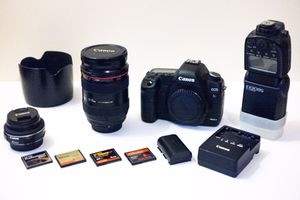Canon 5D Mark II Camera Body + Canon EF 24-70mm f/2.8 L USM Lens +More for Sale in Mill Valley, CA