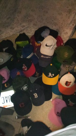 5 for $30 snapbacks for Sale in Columbus, OH
