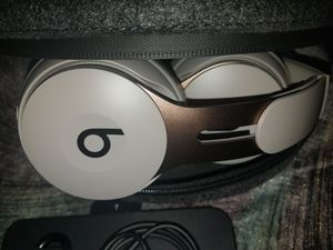 """Beats Solo 3 """"Brand New Without Box"""" Includes Case and Charger ..Trusted Seller Thanks . for Sale in Banning, CA"""