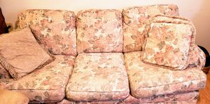 Sofa for Sale in Hannibal, MO