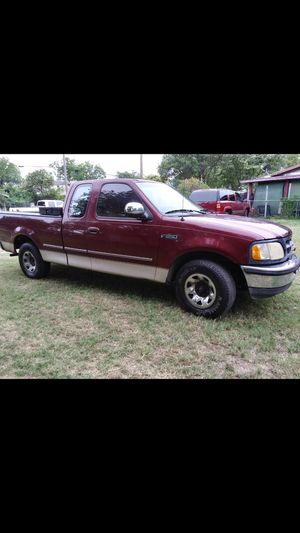 Ford F250 Has Title (Toolbox not Included) for Sale in San Antonio, TX