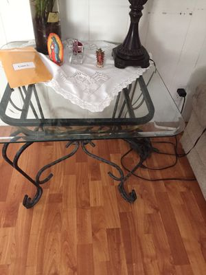 End tables n coffee table for Sale in Entiat, WA
