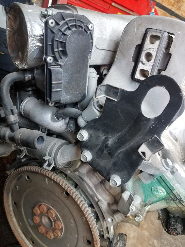Used motor 2006 Volvo xc90 4.4L