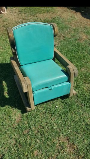 Kids rocking chair for Sale in Peoria, AZ