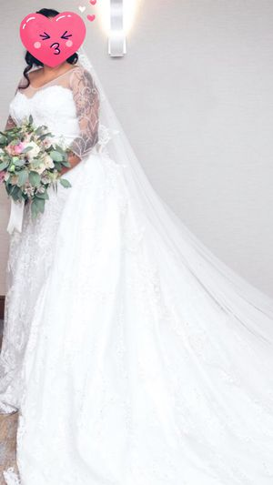 Wedding dress for 4000 for Sale in Saint Paul, MN