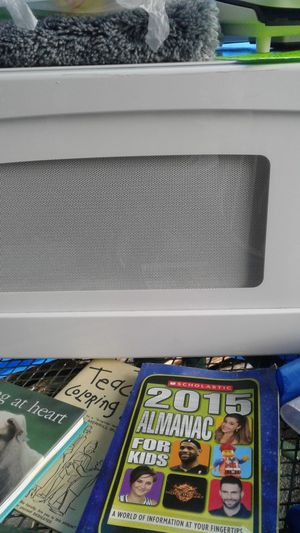 GE microwave for Sale in Edgewood, WA