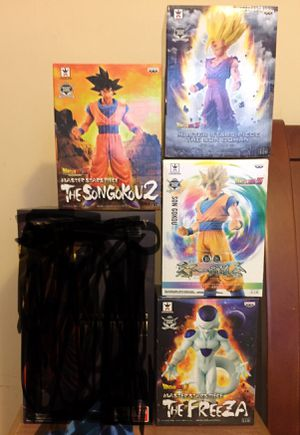 Dragon Ball Z Figures 1/6th scale Awesome Mint in Box!!! for Sale in Seattle, WA