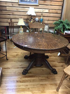 Antique tiger oak table for Sale in Simpsonville, SC