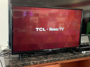 """32"""" TCL Roku Tv for Sale in Pflugerville, TX"""