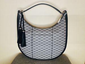 NWT Michael Kors Lydia Bag for Sale in Chicago, IL