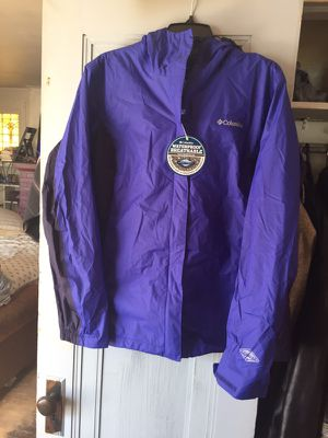 Columbia weather jacket hoodie for Sale in Madison, IL