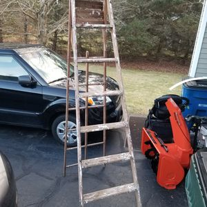 8 Foot Ladder for Sale in Prospect, CT