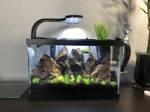 2 1/2 gallon fish tank for Sale in Meridian, ID