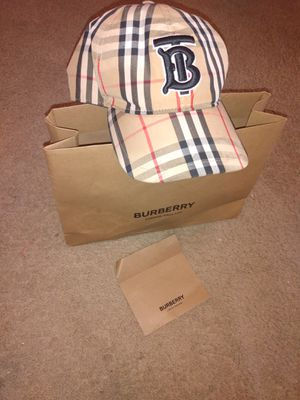 Burberry Snapback hat🔥🔥🔥 for Sale in Newport News, VA