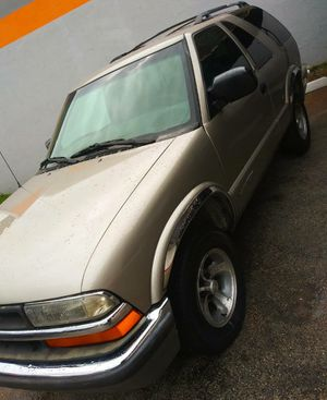 2000 CHEVROLET BLAZER 2DOOR for Sale in Miramar, FL