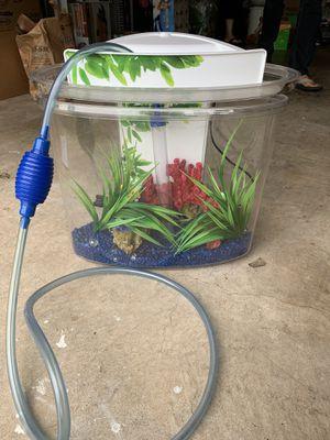 Fluval View Aquarium 4 gallon Fish Tank with pebbles plants for Sale in Plano, TX