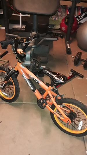 Mongoose kids bicycle for 3 - 10 years old for Sale in Lake Elsinore, CA