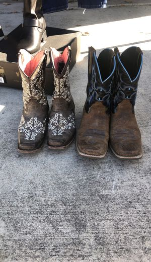 Boys boots size 5y and girls size 1.5y $15 each for Sale in San Antonio, TX