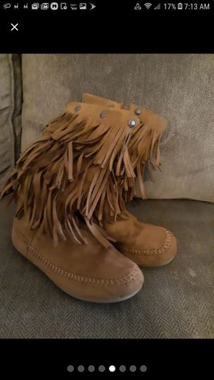 Girls boots 4 for Sale in Matthews, NC