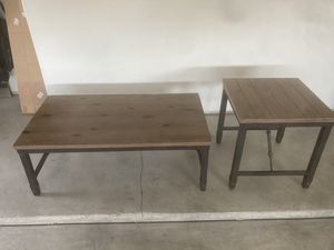 Coffee table & Side table for Sale in Bakersfield, CA