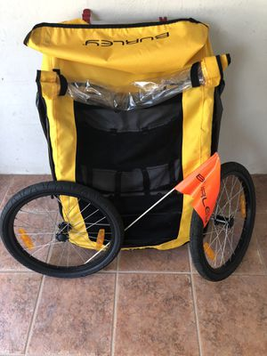 Burley Bee Bike Trailer Yellow for Sale in Miami, FL