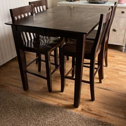 Free Table And Four Chairs for Sale in Brea,  CA