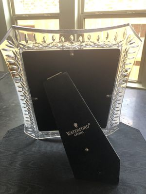 Waterford crystal picture frame 8x10 Lismore. Retail $ 215 for Sale in Katy, TX
