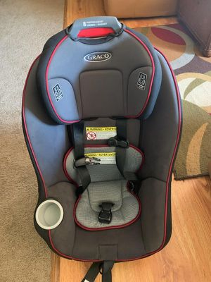 Graco car seat for ages 1-4 years of age for Sale in Columbia, SC