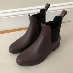 Sam Edelman Burgundy red leather chelsea rain boots for Sale in Daly City, CA