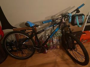 27inch mountain bike for Sale in Baltimore, MD