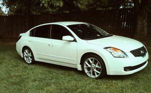 WHITE NISSAN ALTIMA 2007 V6 3.5 L for Sale in Atlanta, GA