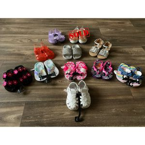 Shoes bundle for Sale in Fort Campbell, TN