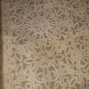 60 by 82 area rug top notch quality for Sale in Los Angeles, CA