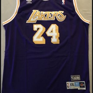 Kobe Bryant Los Angeles Lakers #24 Jersey (XXL) for Sale in Santa Maria, CA