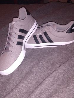 Grand Court Adidas Gray W/ Black for Sale in Tacoma,  WA
