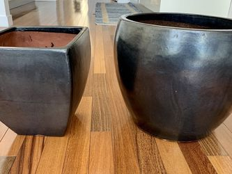 Large Dark Grey Ceramic Pots For Plants for Sale in Los Angeles,  CA