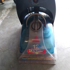 Vacuum Bissell Proheat2x for Sale in Houston, TX