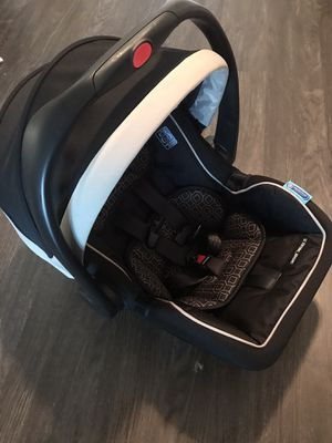 Graco baby car seat with base for Sale in San Jose, CA