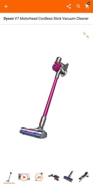 Dyson V7 motorhead stick vacuum for Sale in San Mateo, CA