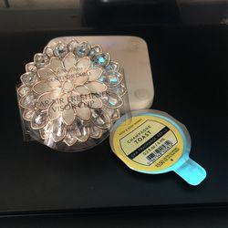 Bath & Body Works Scentportable Visor Clip W/ Refill for Sale in Sacramento, CA