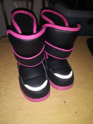 Girls winter boots for Sale in Pittsburgh, PA