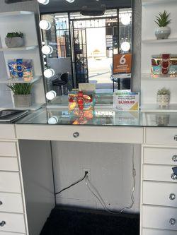 Vanity Set for Sale in Gardena,  CA