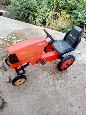 Kabota tractor pedal toy for Sale in CLARKSVLE CTY, TX