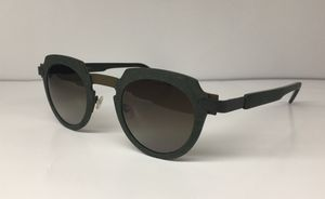 Anne et Valentin Sunglasses (Syntax) for Sale in Springfield, VA
