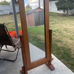 Mirror for Sale in Garden Grove, CA