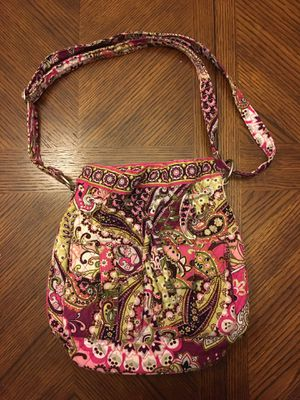 EUC Vera Bradley bucket shoulder bag for Sale in Cordova, TN