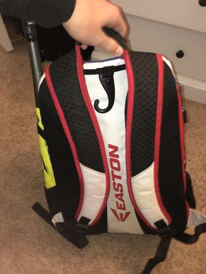 Easton baseball bag for Sale in St. Louis, MO