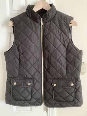 St John's Bay Women Quilted Vest Large Black w/ Gold Full Zip Pockets NWT $44 for Sale in Alpharetta, GA