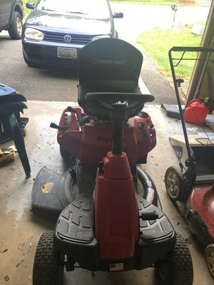 Riding lawn mower - Needs repair for Sale in Colesville, MD